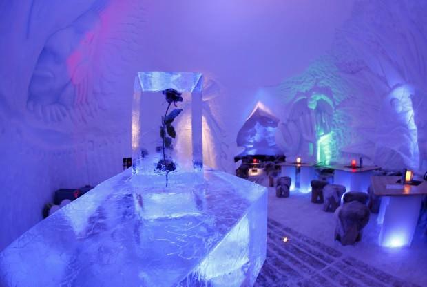 """Igloo Village, l'hotel """"temporaneo"""" fatto di ghiaccio"""